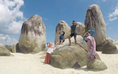 Kunjungan ke Belitung
